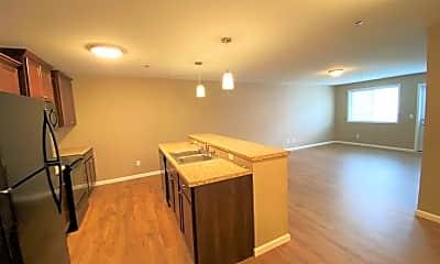 Kitchen, 310 Allan Ave, 1