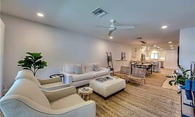 Living Room, 4062 Belair Ln 9, 0