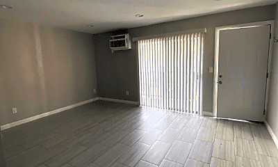 Bedroom, 5112 Oakland St, 2