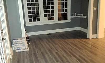 Bedroom, 1520 N Erie St, 2