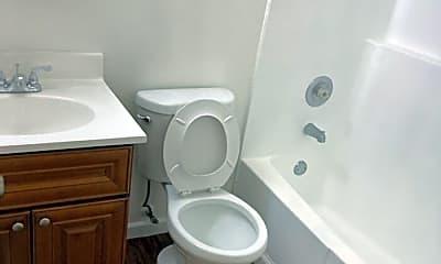 Bathroom, 2025 Wedekind Rd, 2