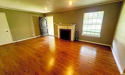Living Room, 9306 Forest Hills Blvd, 1