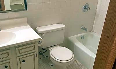 Bathroom, 9102 W Dixon St, 2