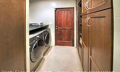 Bathroom, 2925 E Toledo Pl, 2