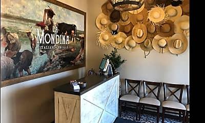 Dining Room, 904 Quackenbush Blvd, 2