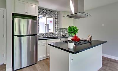 Kitchen, 3720 Fruitvale Ave, 0