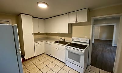 Kitchen, 740 Oakland Ave SW, 1
