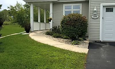Southlake Cottages, 2