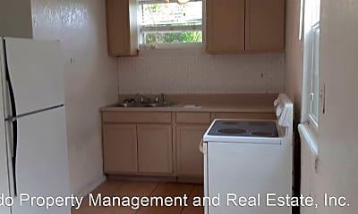 Bathroom, 434 Goodall Ave, 2