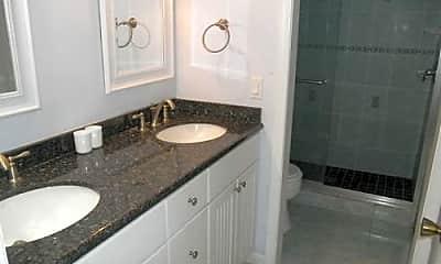 Bathroom, 350 Club Cir, 2