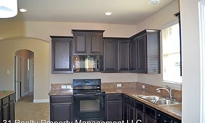 Kitchen, 7522 Park Ave, 1
