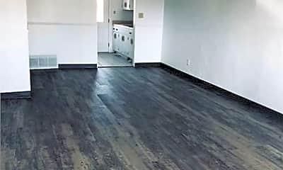 Kitchen, 429 Auburn Dr, 2