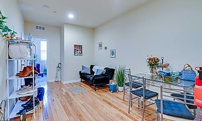 Living Room, 514 N 39th St A, 1