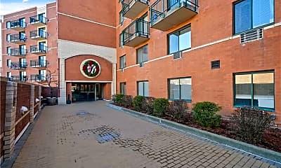 Building, 123 Mamaroneck Ave 215, 1