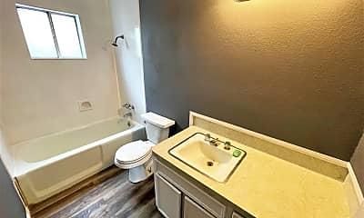 Bathroom, 170 Clark St, 2