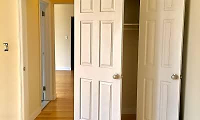 Bedroom, 87-01 Midland Pkwy, 2