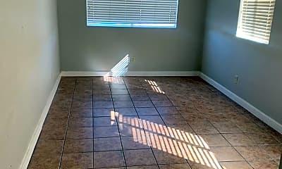 Bedroom, 808 E Linden St, 2