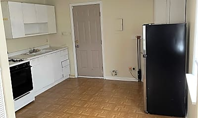 Kitchen, 1405 Forest Dr, 0
