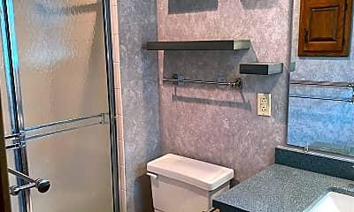 Bathroom, 10650 W 115th St, 2