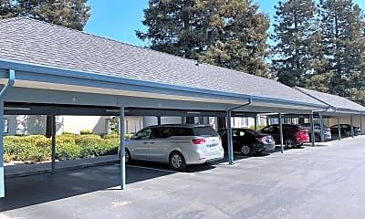 Building, 46800 Winema Common, 2