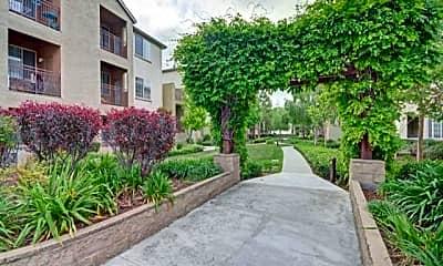 Pavona Apartments, 1