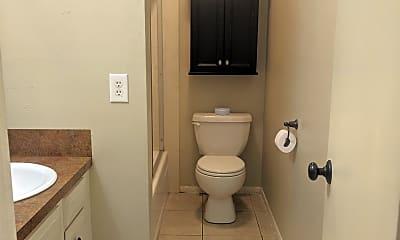 Bathroom, 3945 Delaware St, 2