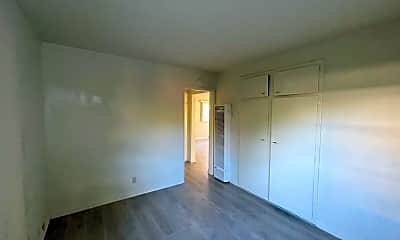 Living Room, 216 Santa Rosa Rd, 2