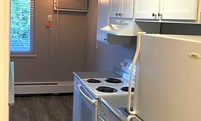 Kitchen, 1445 Detroit St, 2