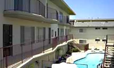 Newport Terrace, 1
