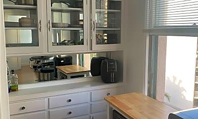 Kitchen, 455 E Ocean Blvd 609, 1