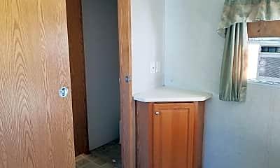 Bathroom, 6618 Topper Run, 2