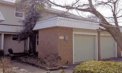 Building, 2120 E Lakewood St, 0