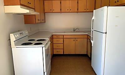 Kitchen, 818 Whitaker Dr, 1
