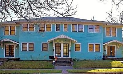 Building, 1414 W 10th St D, 1