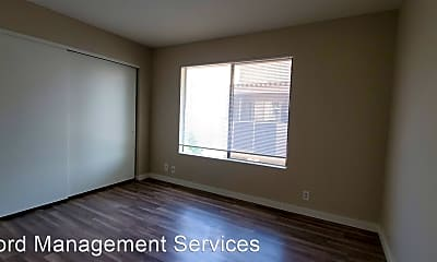 Bedroom, 1077 W 1st St, 2