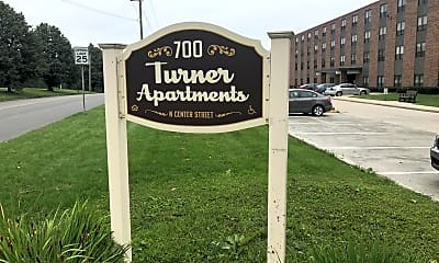 Turner Apartments, 1