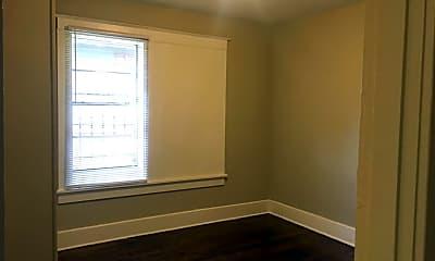 Bedroom, 215 N Merton St, 2