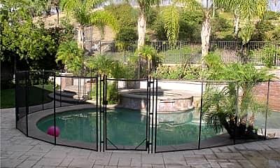 Pool, 12800 Via Donatello, 1
