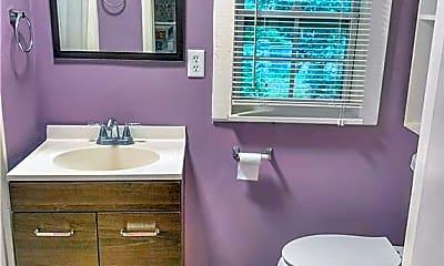 Bathroom, 501 Buckhalter Rd K, 2