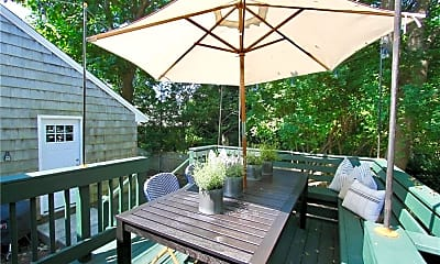 Patio / Deck, 193 Coggeshall Ave, 2