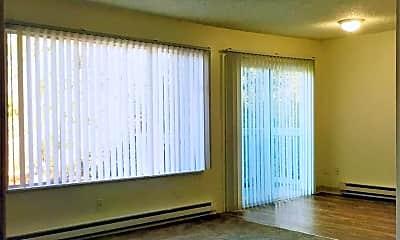 Living Room, 17333 SE Stark St, 1