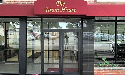 TOWN HOUSE, 1