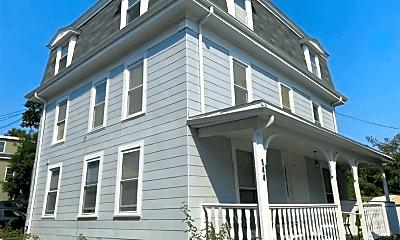 Building, 144 Cabot St, 1