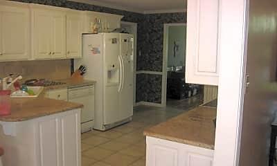 Kitchen, 22 Spring Dr, 1