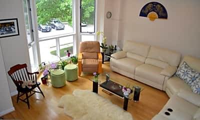 Living Room, 29 Stridesham Ct, 1