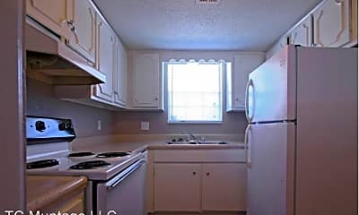 Kitchen, 3041 NW 41st St Leasing Office, 0
