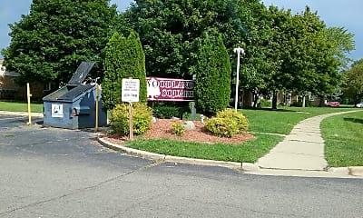 Woodland Square Apartments, 1