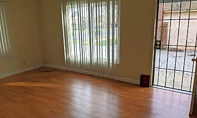 Living Room, 939 N 4th St, 0