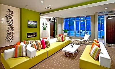 Living Room, 716 S Clark St, 2
