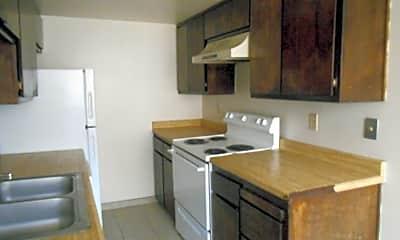 Kitchen, 401 Dunes Ct SE, 2